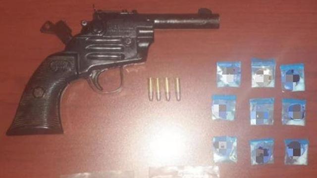arma y drogas
