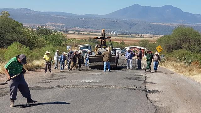 carreteras Penjamillo bacheo 2
