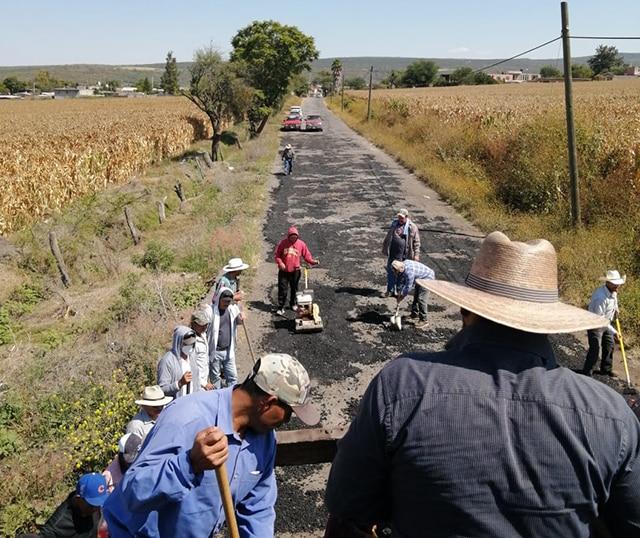 carreteras Penjamillo bacheo 3