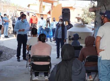 Tinacos comunidades La Piedad 1