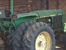 Tractor Angamacutiro ratas