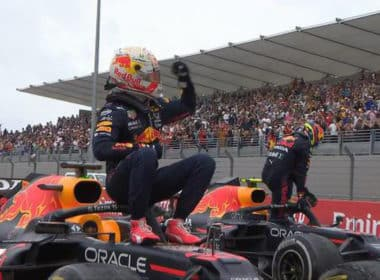 Checo Red Bull